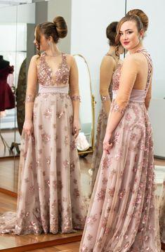 #dress #elegant #event #party #ceremony #tailoring #dressmaking #model #photography #hairstyle #makeupstyle #fashion Bridesmaid Dresses, Wedding Dresses, Dressmaking, Hairstyle, Elegant, Party, Model, Photography, Fashion