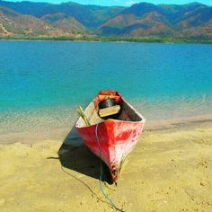 Sampan (Canoe)  #Sampan #Canoeing #Canoe #CanoeTrip #Paddling #Lembata #VentureFlobamorata #Indonesia  #541Adventure #TravelWith541 #541 #Wanderlust #Sea #SeaLife #SaltLife #Wonderful_places #Canon #Naturelovers #Oceanholic #Exploreindonesia #SouthEastIslands #Amazing #Nature #Ocean #EnjoyNature #Tropical #Paradise