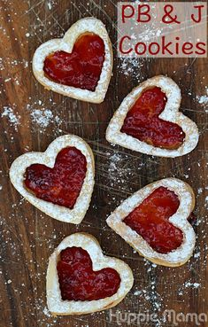 Valentine's Day Peanut Butter and Jelly Cookies #WarmthInACrust #ad #cbias