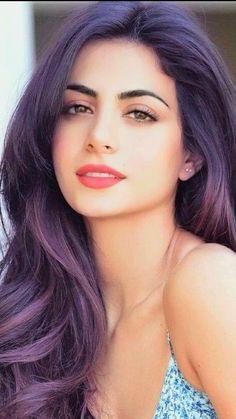 Pin Image by Hujabi Manja Most Beautiful Faces, Beautiful Girl Image, Beautiful Eyes, Gorgeous Women, Beautiful Clothes, Real Beauty, Beauty Women, Hair Beauty, Girl Face
