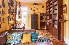 A Vibrant, Colorful, Art-Filled New Orleans Home — House Tour