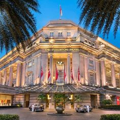 Located in the Central Business District The Fullerton Hotel Singapore is a drive from Clarke Quay and Boat Quay. The Fullerton Hotel Singapore Singapore Singapore D:Marina Bay hotel Hotels Fullerton Hotel, Singapore Travel, Singapore Singapore, Central Business District, Five Star Hotel, Post Office, Italian Style, Staycation