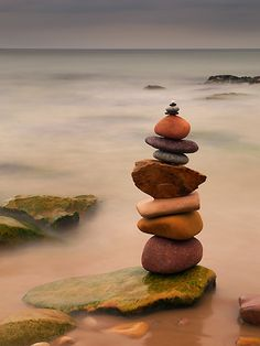 Land Art Gallery | Creations in Nature Zen Rock, Rock Art, Photographie Street Art, Stone Balancing, Stone Cairns, Balance Art, Rock Sculpture, In Natura, Jolie Photo