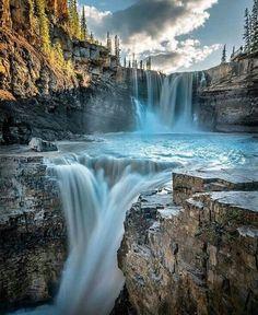 The best landscape photography ideas Landscape Photography, Nature Photography, Travel Photography, Happy Photography, Photography Ideas, Beautiful Waterfalls, Beautiful Landscapes, Beautiful Places To Travel, Nature Scenes