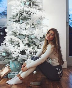 """130.7k Likes, 493 Comments - Pamela Reif (@pamela_rf) on Instagram: """" are you all set for Christmas? ❤ I still got some presents for youuuu! I can finally announce…"""""""