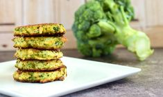 This baked broccoli fritter recipe will make you a die-hard broccoli fan. They… This baked broccoli fritter recipe will make you a die-hard broccoli fan. They're easy to whip up – just blend in a food processor and bake! Get started: Parmesan Broccoli, Broccoli And Cheese, A Food, Food And Drink, Broccoli Fritters, Superfood, Diet Recipes, Avocado Toast