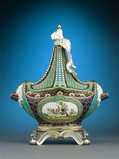 Antique Porcelain, Minton Porcelain, Vaisseau à Mat ~ M.S. Rau Antiques