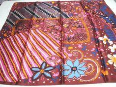 Bold color desgn acetate satin scarf burgundy orange fuschia excellent vintage ll3280
