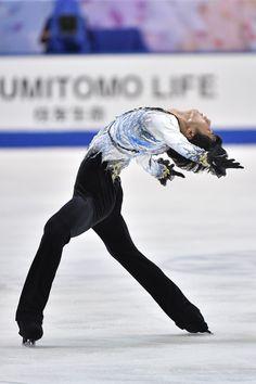 Yuzuru Hanyu Photos - ISU Grand Prix of Figure Skating 2014/2015 NHK Trophy - Day 2 - Zimbio