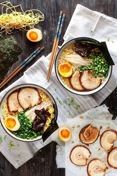 Tonkotsu Ramen - Rich, delicious pork & chicken broth with fresh noodles, soft yolked eggs & slices of thin, melt in the mouth pork belly. Ramen differs in every region of Japan Ramen Recipes, Asian Recipes, Cooking Recipes, Healthy Recipes, Ethnic Recipes, Sushi Recipes, Pork Ramen Recipe, Cooking Pork, Egg Noddle Recipes