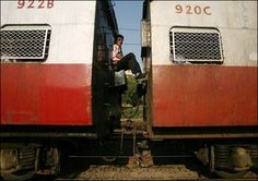 The first toilets are installed on first-class carriages. Around 20 years later, toilets are introduced on all other classes, after apparently a letter to a local railway office in West Bengal from a passenger called Okhil Chandra Sen, who in 1909 complained about missing his train after having to go to the loo off the train.