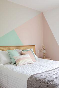Ideias criativas e fáceis para a decoração da casa nova Bedroom Wall Designs, Bedroom Bed Design, Bedroom Decor, Painting Wall Designs, Bedroom Ideas, Bedroom Makeovers, Bedroom Styles, Girl Bedroom Walls, Bedroom Colors