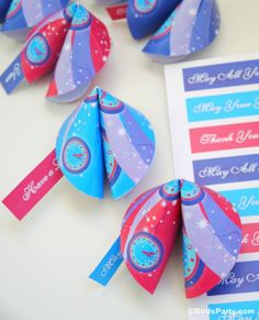 Bird's Party Blog: New Year's Eve Party Ideas: Paper Fortune Cookies + FREEBIES!