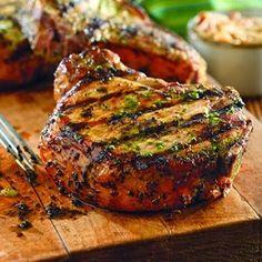 Worlds Best Recipes: Grilled Pork Chops with Basil-Garlic Rub