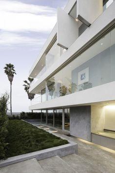 Flip Flop House / Dan Brunn Architecture