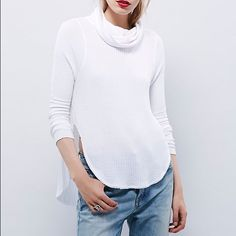 White free people thermal Only been worn once. In awesome condition Free People Tops Tees - Long Sleeve