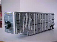 Livestock Trailers, Pick Up, Plastic Model Cars, Farm Toys, Kit Cars, Model Building, Semi Trucks, Farm Life, Scale Models