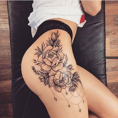 Ideas Tattoo Ideas Female Designs for Women 2020 : Page 25 of 29 : Creative Vision Design – Tatto Flower Hip Tattoos, Rose Tattoos, Body Art Tattoos, Girl Tattoos, Tatoos, Sleeve Tattoos, Butterfly Tattoos, Small Chest Tattoos, Chest Tattoos For Women