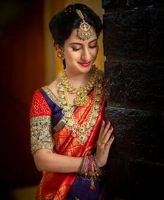 Black Bridal Portraits New Ideas Indian Wedding Couple, Indian Wedding Jewelry, Indian Bridal, Wedding Necklaces, Wedding Girl, Pearl Necklaces, Wedding Wear, Bridal Silk Saree, Saree Wedding
