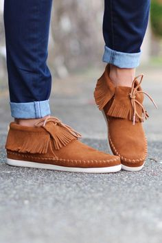 Minnetonka: Venice Bootie Sneaker {Brown} - The Fair Lady Boutique - 1