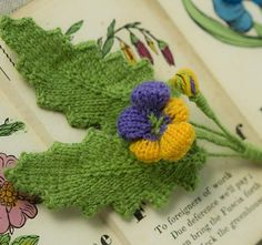 Free knitting pattern for Heart's Ease Boutonniere - Franklin Habit adapted this pattern from a 19th century design from The Floral Knitting Book; or, The Art of Knitting Imitations of Natural Flowers.