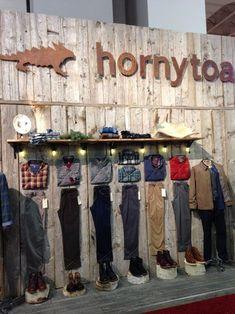 Denim Visual Merchandising_Visual Merchandising Horny Toad Outdoor Retailer 2014