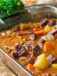 Tomato Beef Stew, Oven Beef Stew, Beef Stew Crockpot Easy, Canned Tomato Soup, Crockpot Recipes, Braiser Recipes, Roast Beef, Pot Roast, 12 Tomatoes Recipes