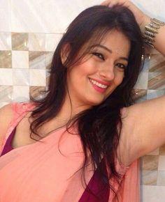 Falguni Rajani in Sleeveless Saree blouse Black Saree, Green Saree, Chitrangada Singh, Veena Malik, Richa Gangopadhyay, Sonarika Bhadoria, Gym Photos, Transparent Dress, Bikini 2017