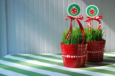 lady bug party centerpieces.Change the circle to ladybugs flying on curled wire
