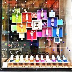 WEBSTA @ we_love_retail - 2017 | REPETTO | NEW YORK | Brillo y colores para recibir al verano. ☀️ >Brightness and color to receive the summer.#retail #windowdisplay #shoppers #weloveretail #visualmerchandising #arquiteturacomercial #repetto #newyork #fashion