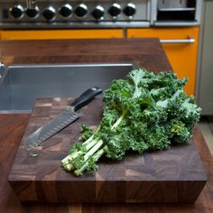 The Wooden Palate - thewoodenpalate.com    The kitchen is your canvas. What will you create next? #endgrain #cuttingboard #madeinla