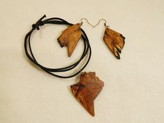 """Wooden earrings & necklace """" Heart for Africa"""" by balintARTline on Etsy Wooden Earrings, Wooden Jewelry, Unique Jewelry, Africa, Heart, Bracelets, Handmade Gifts, Leather, Accessories"""