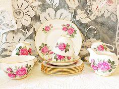 Pink roses vintage tea set / Queen Anne ridgway pottery bone