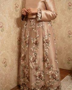 Muslimah Wedding Dress, Hijab Wedding Dresses, Event Dresses, Designer Wedding Dresses, Dress Brokat Muslim, Muslim Dress, Kebaya Hijab, Kebaya Dress, Hijab Dress Party