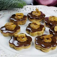 Mini Cupcakes, Cheesecake, Baking, Recipes, Anna, Food, Basket, Cheesecakes, Bakken