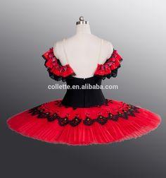 Resultado de imagen de ballet en rojo Tutu Ballet, Snow White, Disney Princess, Disney Characters, Roller Blading, Red, Suits, Snow White Pictures, Sleeping Beauty