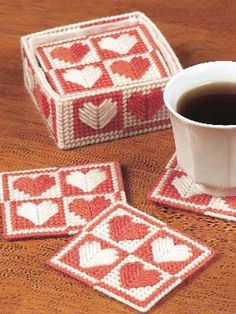 Free Patchwork Coaster Sets Plastic Canvas Pattern Download from Freepatterns.com.