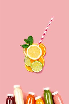 "Jedno z Twoich noworocznych postanowień brzmi ""jeść zdrowiej""? Pomożemy Ci w tym 😉👉  bit.ly/Nutrition_pl_pin Smoothie, Christmas Ornaments, Holiday Decor, Shopping, Healthy, First Aid, Health, Christmas Jewelry, Smoothies"