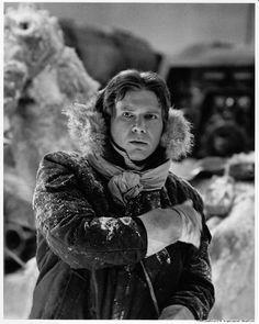 Harrison Ford // Han Solo in Star Wars Star Wars Film, Star Wars Episoden, Harrison Ford, Aliens, Saga, Princesa Leia, Han And Leia, Roman, Episode Iv
