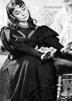 spectredelarose:Audrey Hepburn in Gigi, 1951