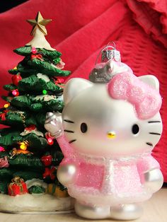Hello Kitty Christmas Tree | hello_christmas_tree_by_kitty_sprinkles-d33c6l2 | EntertainmentMesh
