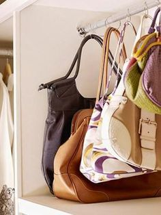 Purse Storage organization -These purses hang from shower curtain rings attached to a closet rod -- a space-smart way to display a lot of purses upright and clearly visible in a small space. Purse Storage, Handbag Organization, Closet Organization, Organizing Purses, Organization Ideas, Handbag Organizer, Diy Handbag, Diy Purse, Bedroom Organisation