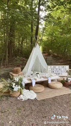 Picnic Set, Beach Picnic, Fall Picnic, Backyard Picnic, Backyard House, Backyard Birthday Parties, Picnic Birthday, Picnic Themed Parties, Outdoor Dinner Parties