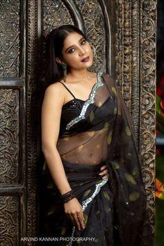 Organza Saree, Net Saree, Black Saree, South Indian Actress, Saree Styles, India Beauty, Indian Actresses, Beauty Women, Wonder Woman