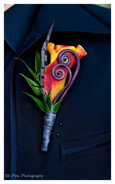 Boutonniere by The Flower House  Photography by Eli Pitta