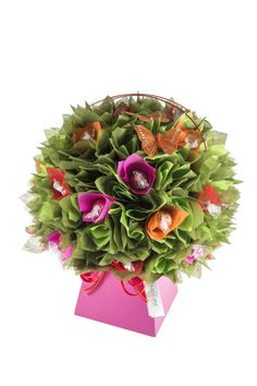 If you love Lindt Chocolate then this is the Chocolate Bouquet for you!!! Visit www.thechocolateflorist.co.uk to find out more about our Gerbera Daisy Chocolate Bouquet