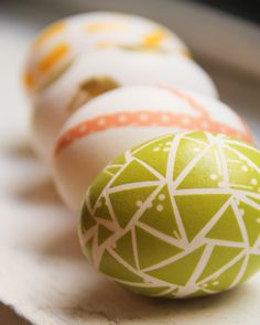 Washi Tape Easter eggs - Good idea if you need to hide the eggs in your house ... no dye transfer to your furniture, capet, etc.