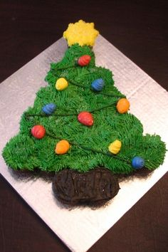Christmas Tree Cupcake Cake By sweetpea8 on CakeCentral.com