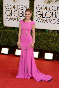 That dress in white...pretty cool.   Maria Menounos | Fashion On The 2014 Golden Globes Red Carpet