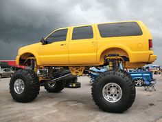 Ford Excursion lifted 6 feet